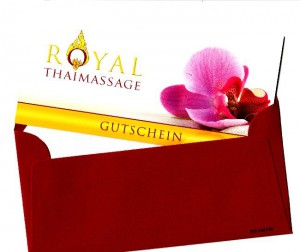 Geschenkgutschein für Massagen mit weinrotem Umschlag
